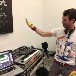 Mi.Mu Gloves for Music